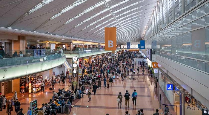 haneda-airport-concourse