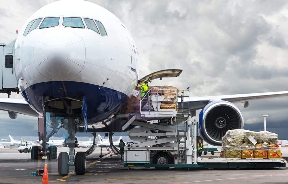 insights-on-airline-cargo-and-costs-1000x640