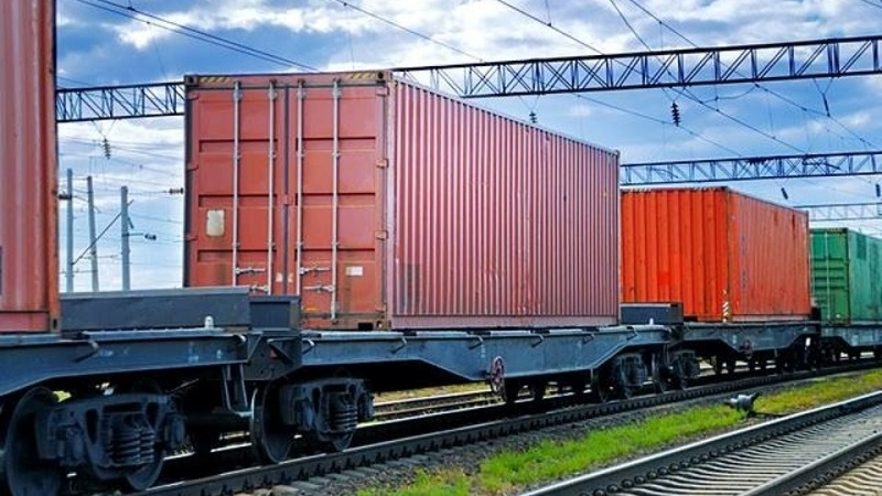 Container-train-in-Ukraine