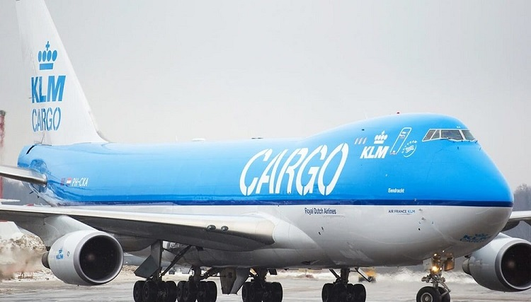 KLM_Cargo__taxing-1000x570